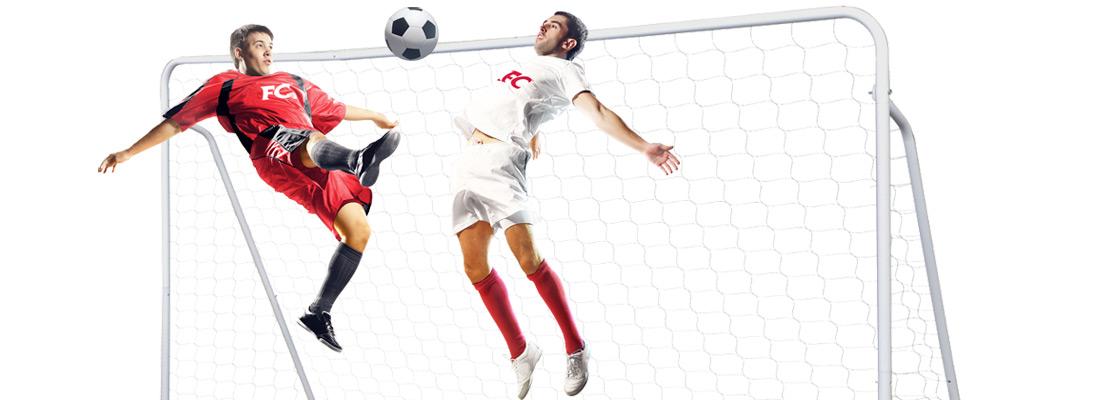 Футболисты с мячиком